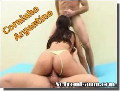 Fotos amadoras Corninho Argentino Compartilhando a Esposa