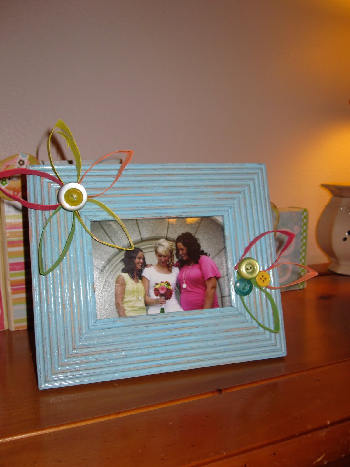 Kevin And Gillian Toilet Paper Roll Frame