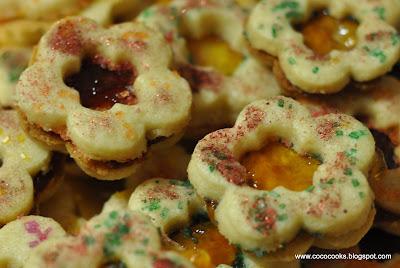 Coco Cooks: We Bake Bon Appetit...Day 9 Tea Cake Sandwich Cookies