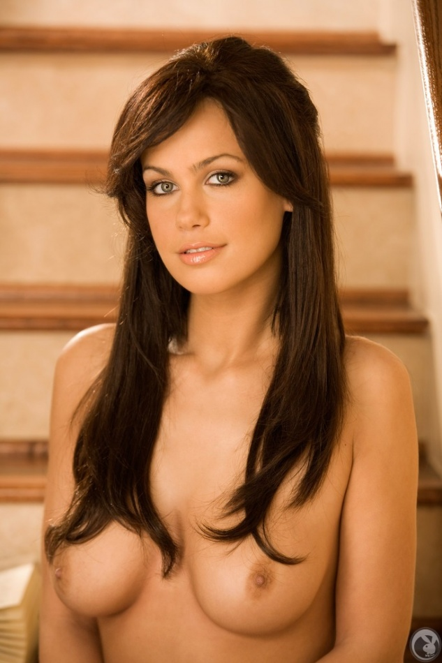 christina vlahakis 010 123 1113lo Sexy Naked Women Wearing Ladies Bra And Hot Ladies Panties Photo Pics