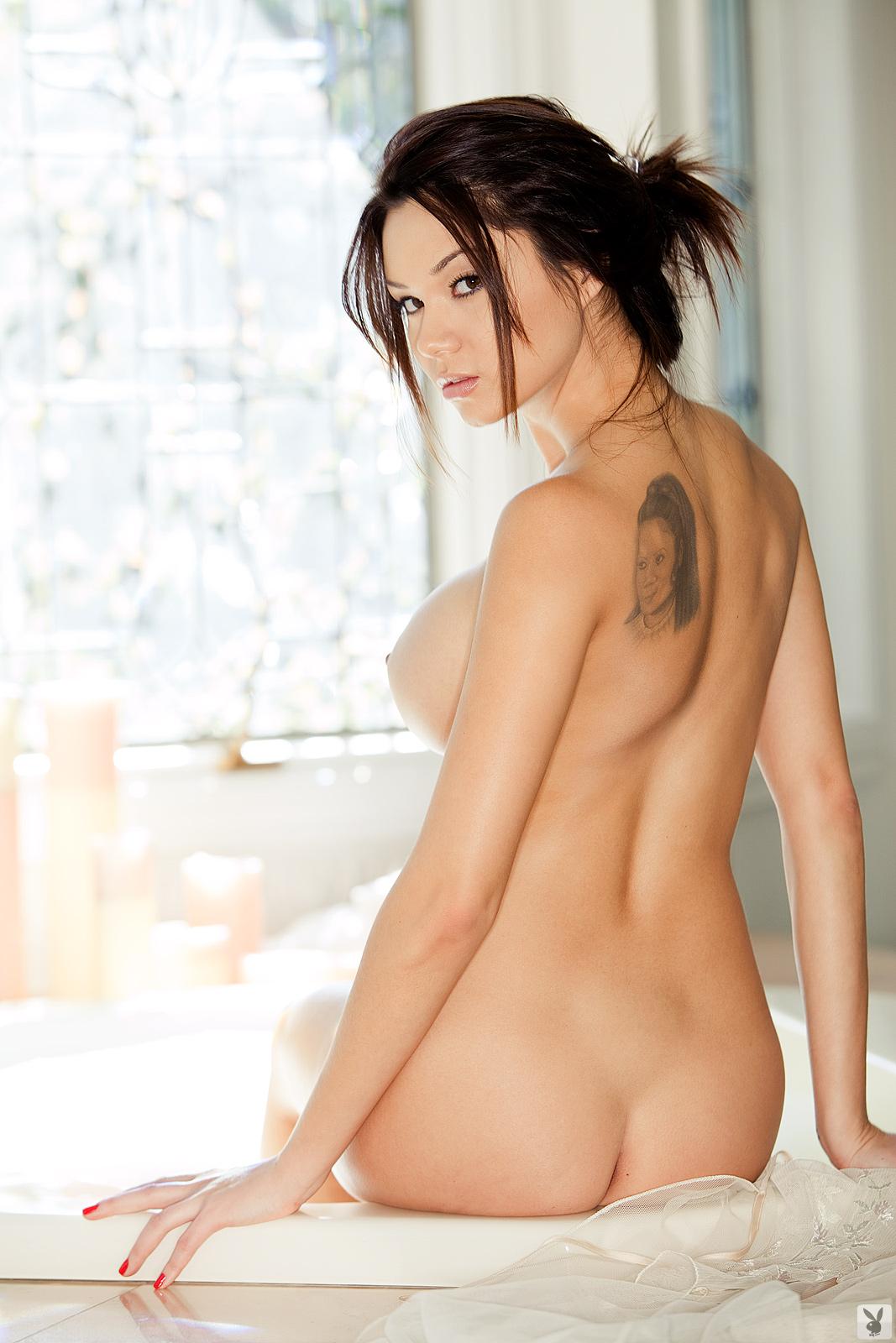 sexy artis coduri naked