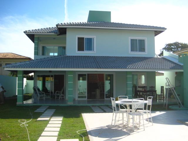 Casas de vilas do atlantico casa verde 20 metros da praia for Cores modernas para fachadas de casas 2016