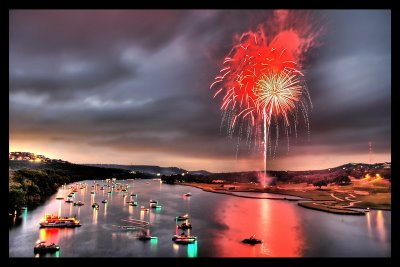 [fireworks-show-09.jpg]