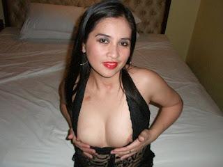 01 Foto Tante Panggilan Sexy Hot Mau Ngentot