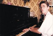 Lunska Nicori y su piano