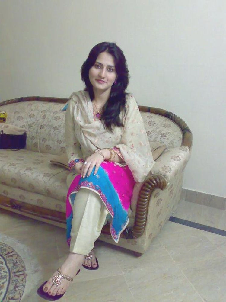 Pakistan Girls Pictures | Celebrity Pictures