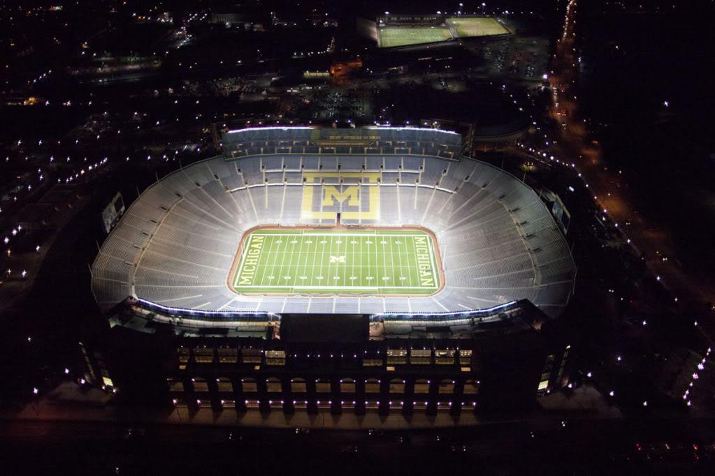 The Best CFB Stadium (big pic) Big+house+at+nite