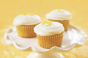 Pineapple Hill Designs: Lemon Cheesecake Cupcakes