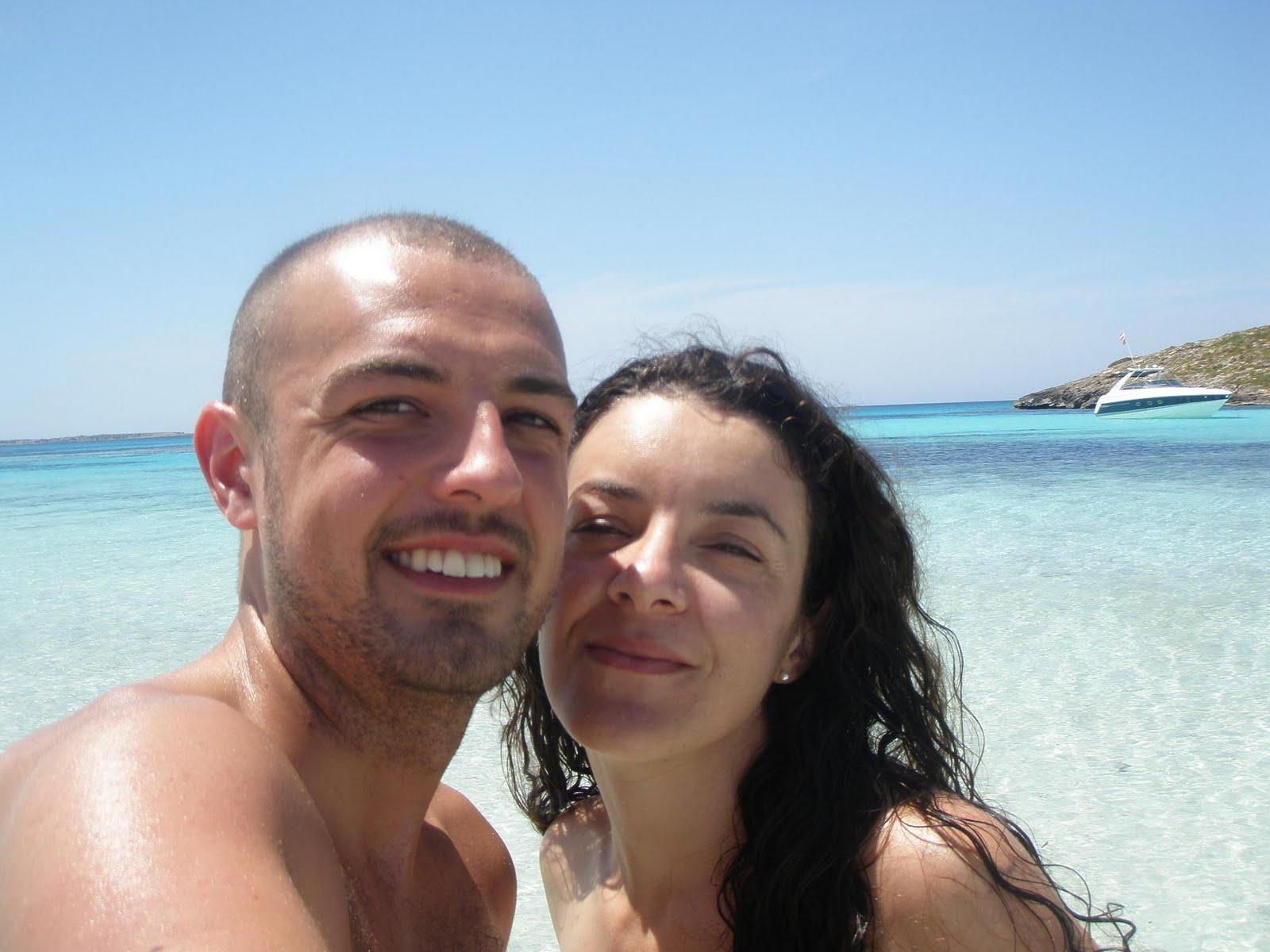 Afeitado antes de vacaciones en la playa nudista