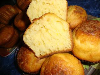 Articole culinare : Muffins cu suc de fructe