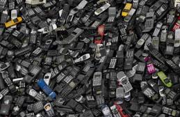Los celulares tambien contaminan