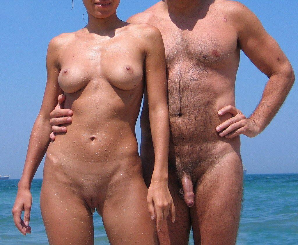 Sexo em campo de nudismo
