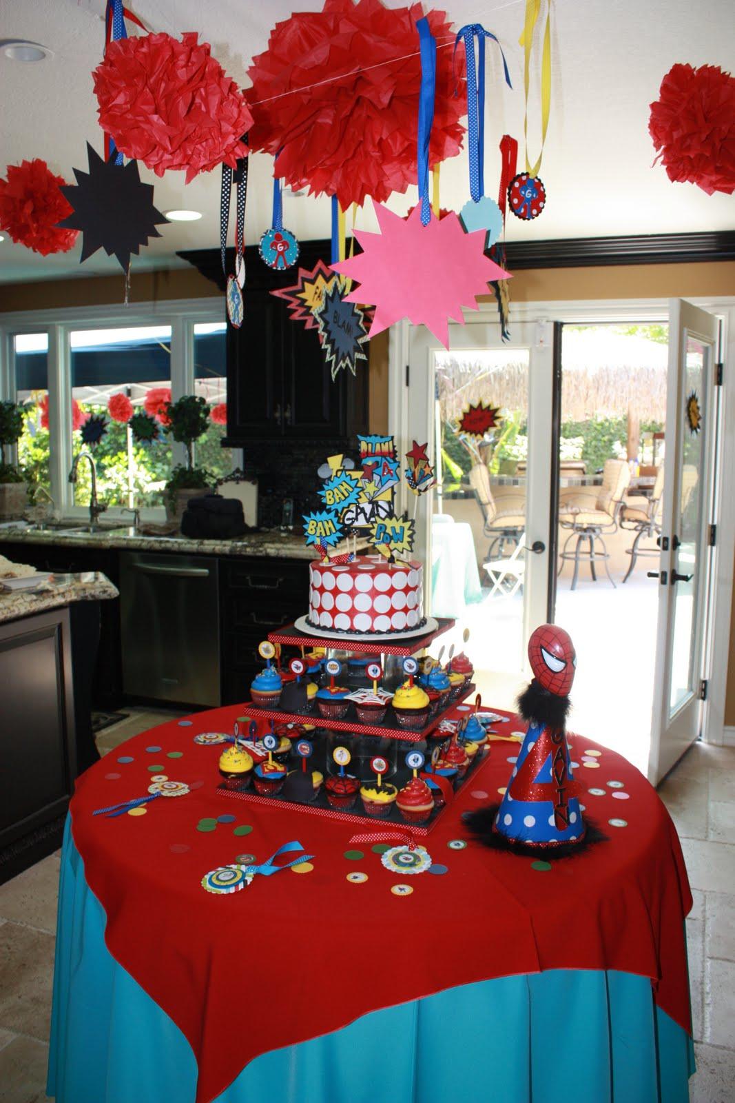 Super Hero: Super Hero Party Supplies