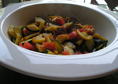 Zucchini and Tomatoes Sauteed with Garlic