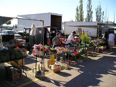 Mennonite market stand at Waterloo Farmers Market (St. Jacobs)