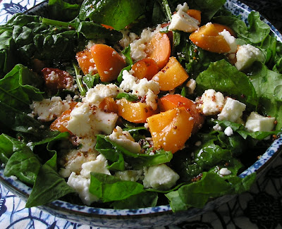 Spinach Apricto and Feta Salad