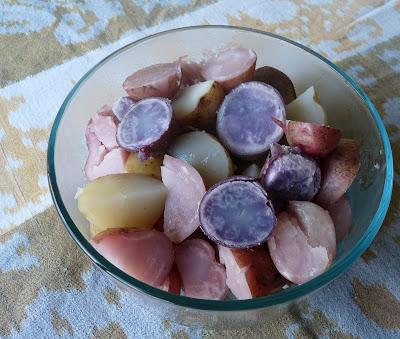 Colourful Potatoes Keep Their Colour When Steamed With Vinegar