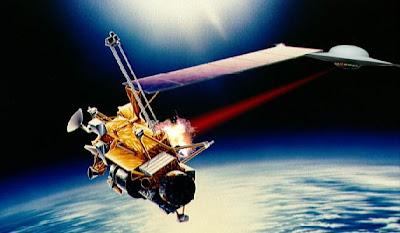 Flying Saucer attacking Satellite
