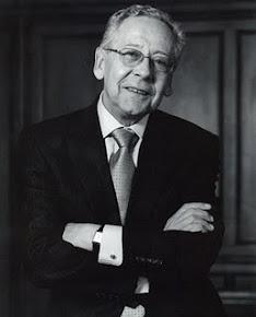 Rector Fernando Hinestrosa