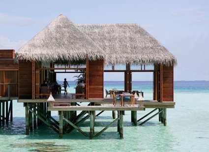 Asia europe america hilton maldives resort and spa for Hilton hotels in maldives
