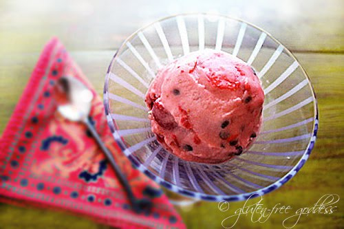 Dairy-free strawberry sherbet with dark chocolate chips