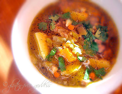 New Mexican Stew with turkey, green chiles, and lime #glutenfree