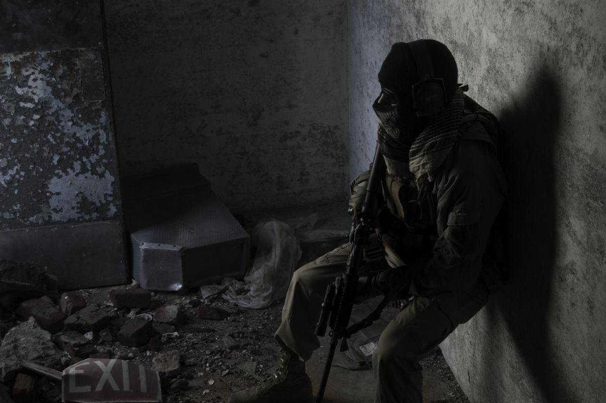 http://4.bp.blogspot.com/_Pb4BWtAkWUw/TB_WKLJ-gLI/AAAAAAAAAv4/BDeTKOGgEcE/s1600/mw2_ghost_04_lar.jpg