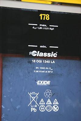 Detalle de una batería: 2 V, 1350 Ah