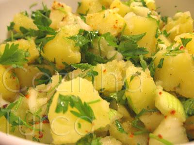 Salada de Batata (Patates Salatası)