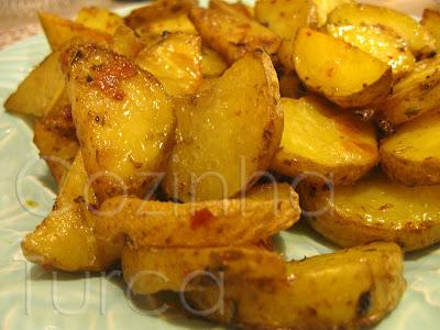 Batatas com Especiarias no Forno (Fırında Baharatlı Patates)