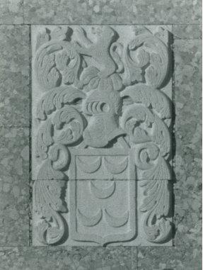 Pedra de armas dos Pinto