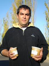 Cristian Apicultor de Monte Comán ...