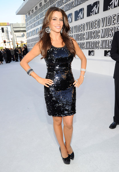 It's nice to see Sofia Vergara in something other than Carolina Herrera; ...