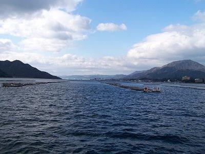 Austernbänke zwischen Hiroshima und Miyajima
