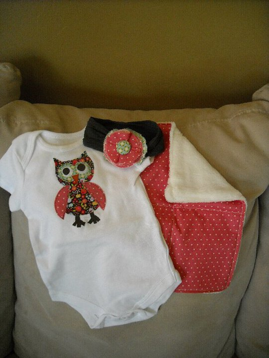 The Life of a Cheap Chickadee: Handmade Onesie Gift Ideas