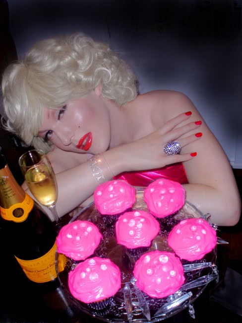 Darian Darling as Marilyn Monroe in Gentlemen Prefer Blondes with Blonde Lorelei coconut cupcakes recipe