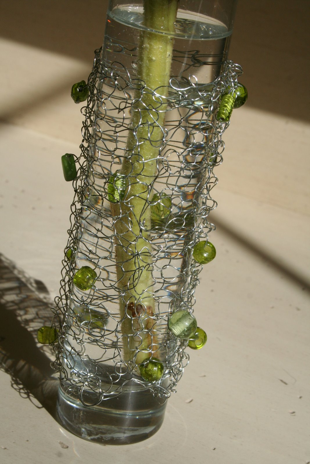 Knitting With Wire And Beads : Knitting with wire a knit vase dukes and duchesses