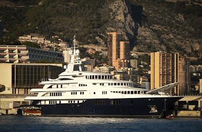 luxury yacht rent in ibiza
