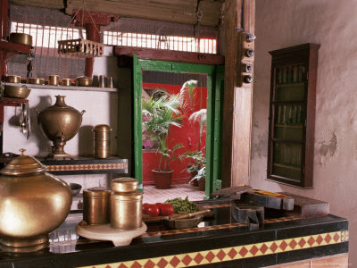 Ethnic indian decor traditional indian kitchen for Interior design of kitchen room in india