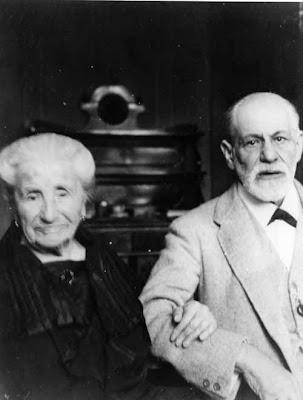Sigmund Freud and mother Amalia