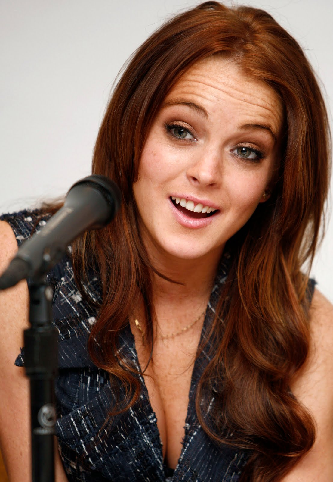 lindsay lohan red hair-4