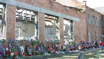 RUSSIANS REMEMBER THE BESLAN MASSACRE