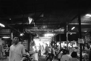 Campagne propreté, affichage marché Russe - Phnom Penh