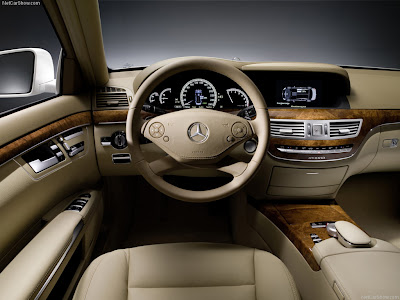 Overview of prices for the 2010 Mercedes-Benz S-Class (basic version;