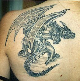 http://4.bp.blogspot.com/_PrVyyEai7-w/TQp3mkFR4NI/AAAAAAAAANU/UfXGonWWbBg/s320/Dragon+Tattoo+Designs5.jpg