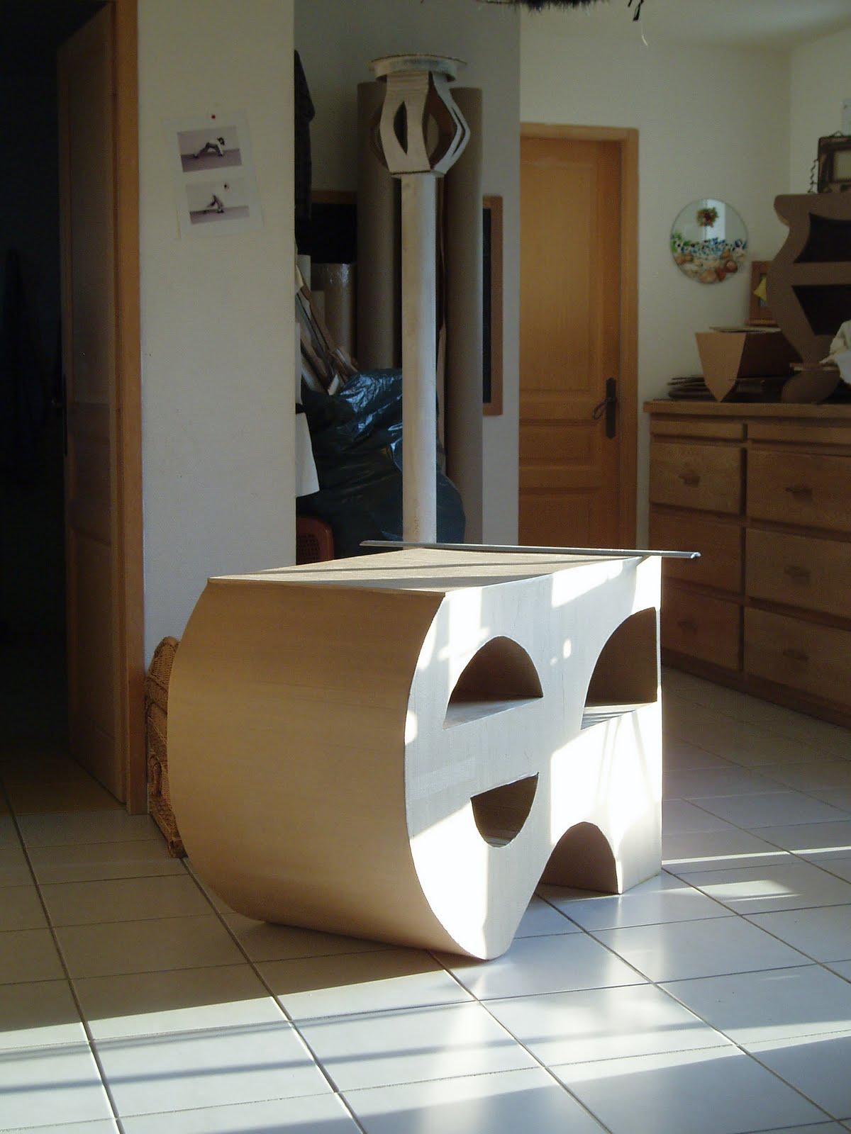 Meuble en carton atsugami avancement meuble t l for Finition meuble en carton