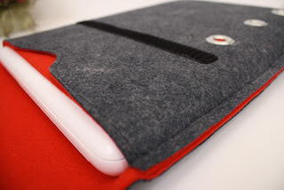 Kindle; e reader;  Nexus Tablet Wool Felt Case in Granite; PinsnNeedlesCases; etsystalkers.com