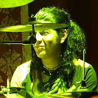 """Manuel Chavez """"El Pulpo"""" > batería"""