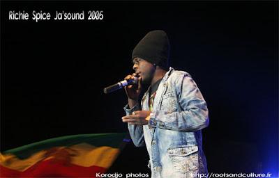Richie Spice live au ja'sound 2005 photographie par solo Korodjo