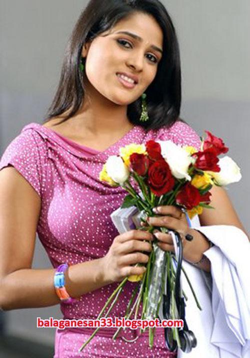 monisha unni height